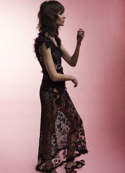 Zmysłowe zdjęcia z udziałem polskiej modelki
