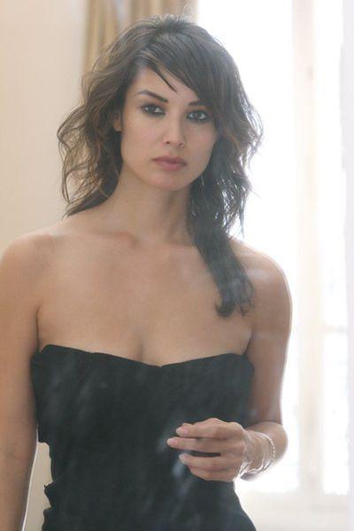 Nowa dziewczyna w kinie Bonda
