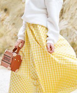 Spódnice midi na wiosnę. 36 modeli, które wpadły nam w oko