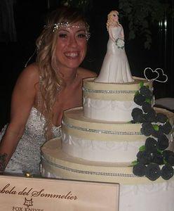Nie zamierzała dłużej czekać na księcia z bajki. Wzięła ślub sama ze sobą