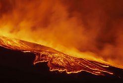 Islandia. Wybuch wulkanu Fagradalsfjall w pobliżu Reykjaviku