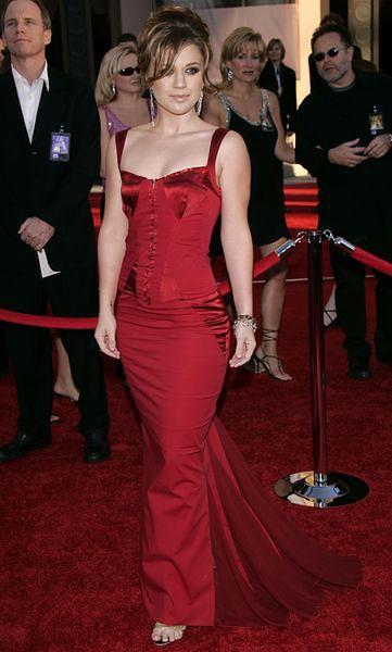 Kelly Clarkson 2004 rok