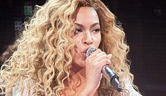 Kontrowersyjna kreacja Beyonce na Met Ball