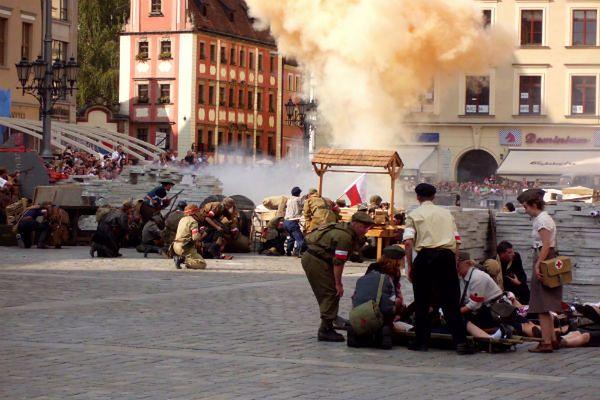 Obchody Powstania Warszawskiego na wrocławskim rynku