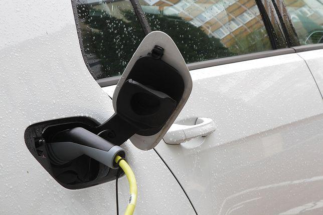Ruda Śląska chce zwiększyć liczbę ogólnodostępnych stacji ładowania pojazdów elektrycznych.