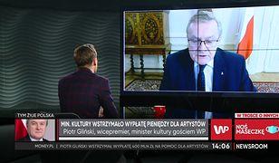 """Fundusz Wsparcia Kultury. Piotr Gliński wstrzymał pieniądze dla artystów. """"Nie było nacisków"""""""