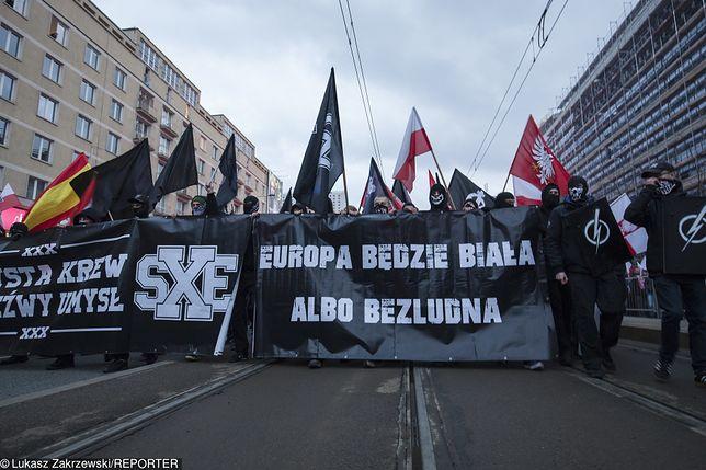 """Niemoc śledczych ws. Marszu Niepodległości. """"Kuriozum"""""""