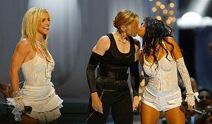 Madonna pocałowała Christinę Aguilerę 17 lat temu. Aguilera wspomina ten dzień po latach