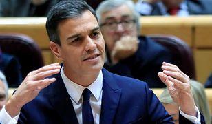 Partia premiera Pedro Sancheza wygrała wybory, ale potrzebuje drugiego koalicjanta - wynika z pierwszych sondaży powyborczych