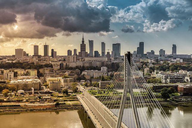 Smog Warszawa - 11 grudnia: umiarkowane powietrze w stolicy, dobre w aglomeracji