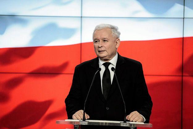 """Jarosław Kaczyński o """"Uchu prezesa"""": oczywiście, satyrycy mogą robić co chcą, mamy wolność"""