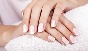 Piękne paznokcie i zdrowa skóra dłoni to prawdziwa ozdoba kobiety - także w domu