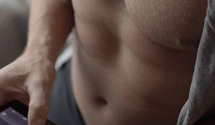Klatka piersiowa to ten element naszego ciała, nad którego wyglądem pracujemy najmocniej.