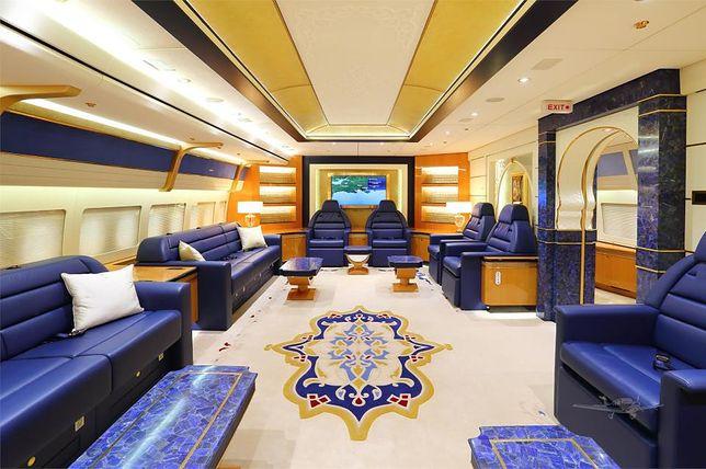 Samolot katarskiej rodziny królewskiej na sprzedaż. Wygląda jak latający pałac