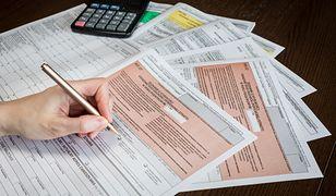 Rozliczenie PIT za 2019 rok. Nowe formularze. Problem dla podatników, ale też dla skarbówki