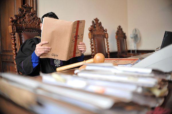 Sąd utrzymał karę dożywocia za podwójne zabójstwo w filharmonii w Jeleniej Górze
