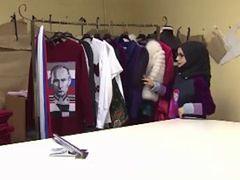Rosyjska projektantka umieściła podobiznę Putina na hidżabie