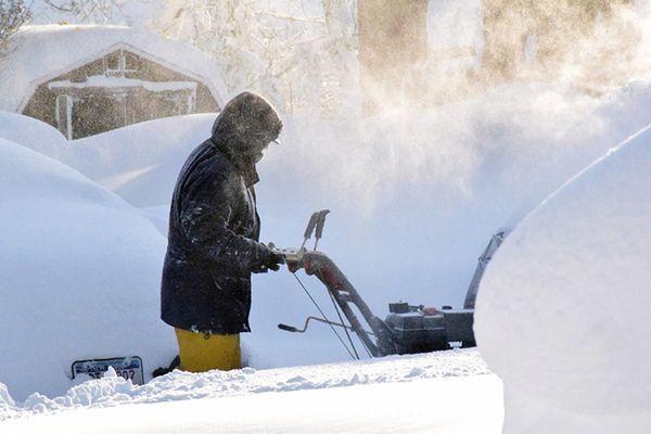 Siedem ofiar śmiertelnych burzy śnieżnej w stanie Nowy Jork