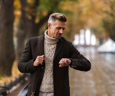 Atrybut eleganckiego mężczyzny. Piękne płaszcze na jesień