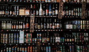 Kraków. Mieszkańcy nocą znów zakupią alkohol (zdj. ilustracyjne).