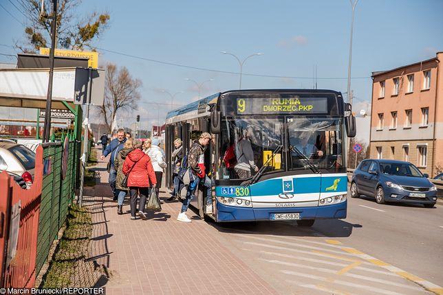 Transport jest nie tylko ściśle powiązany z rynkiem pracy, ale i warunkuje rozwój gospodarczy.