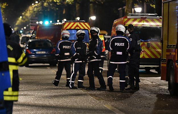 Francja. Zakładnicy w Roubaix zostali uwolnieni; zabito napastnika