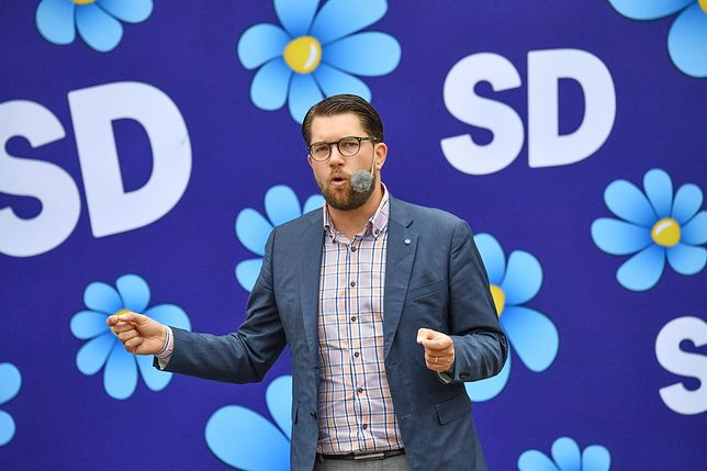 Szwedzcy Demokraci. Byli faszystami i krzykaczami. Teraz są drugą siłą w Szwecji