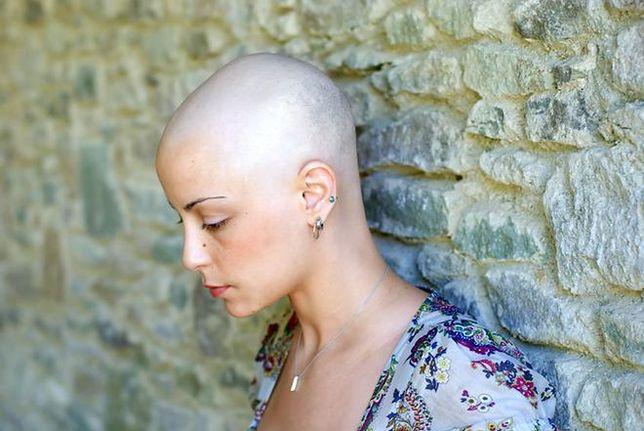 Dokumentowała walkę z rakiem. Przez prawie dwa lata codziennie robiła sobie zdjęcie