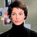 Ashley Judd tłumaczy pobyt w ośrodku psychiatrycznym