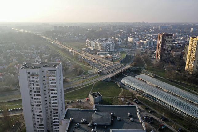 Warszawa. Na trasie S8 doszło do kolizji dwóch ciężarówek