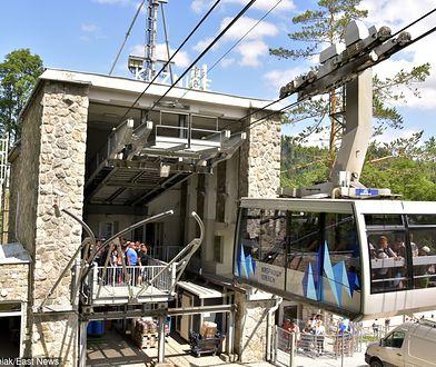 Z powodu usterki kolejki linowej i pogorszenia pogody kilkaset osób utknęło na szczycie Kasprowego Wierchu