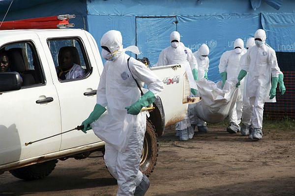 W związku z epidemią eboli USA wyślą do Afryki 50 ekspertów