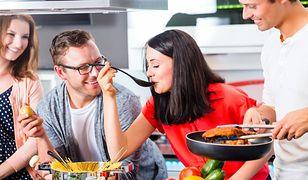 Triki, dzięki którym gotowanie będzie łatwiejsze i przyjemniejsze