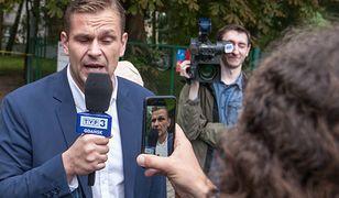 Mimo zarzutów Łukasz Sitek nie został zawieszony w TVP