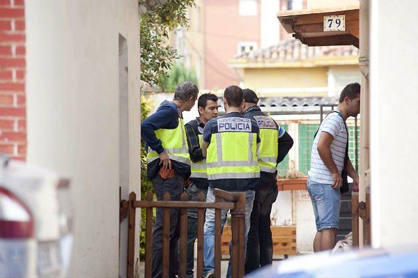 Hiszpańska policja alarmuje: dżihadyści przemycają narkotyki