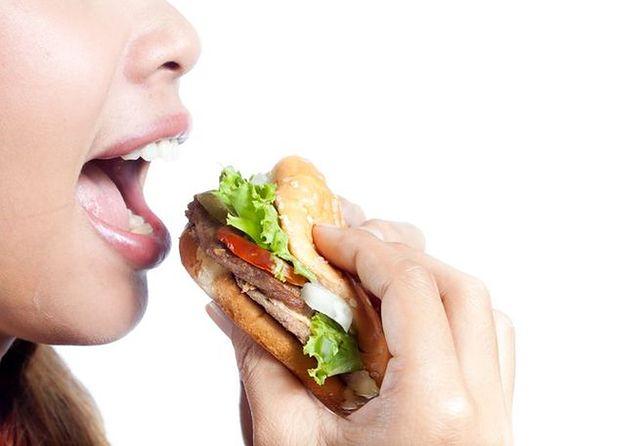 Dieta bogata w czerwone mięso może zwiększać ryzyko raka piersi
