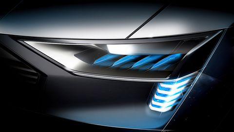 Rozwój oświetlenia samochodów wg Audi: Jasność! Jasność widzę!