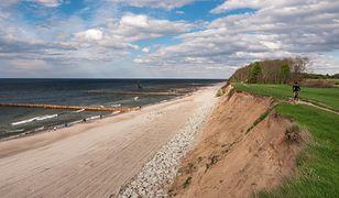 Do zdarzenia doszło na niestrzeżonej plaży w Trzęsaczu