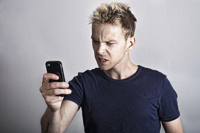 Jak walczyć z SMS-owymi naciągaczami?