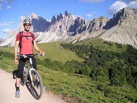 Zaprzyjaźnij się z rowerem. Sprawdź, co warto wiedzieć, zanim zaczniesz jeździć