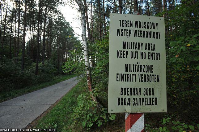 Tajny magazyn wojskowy w Puszczy Białowieskiej może spłonąć
