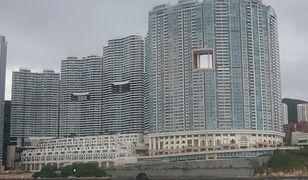 Dziurawe wieżowce w Chinach. Turyści pytają, mieszkańcy cierpliwie odpowiadają