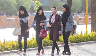 Podziemne życie w kraju ajatollahów. Iran i jego zakazane przyjemności