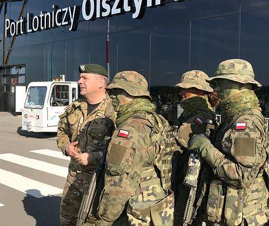 """Gen. Kukuła z """"terytorialsami"""" podczas ćwiczeń Dragon-17"""