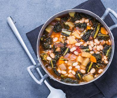 Gorący toskański kociołek. Pokochaj zupę z pesto z dzikiego czosnku