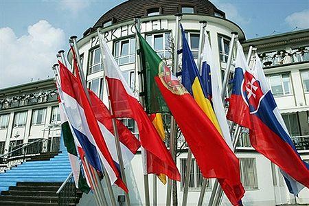 Miliony Turków, Mołdawian i Serbów zostaną obywatelami UE
