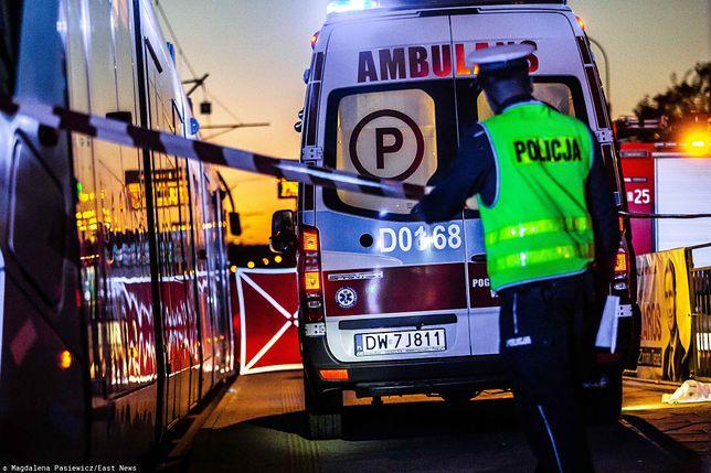 Wrocław. Młoda kobieta wpadła pod tramwaj