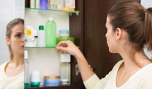 Nafta kosmetyczna to powszechnie stosowany kosmetyk do pielęgnacji włosów