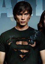 Smallville - Clark Kent zbyt sexy na koszulkę?