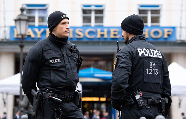 Niemcy. Policja apeluje o pomoc w znalezieniu napastnika z Chemnitz
